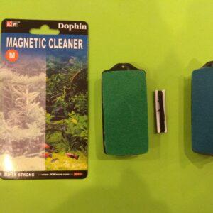 Магнит для очистки стекол  «М»  8х4 см.  (KW)